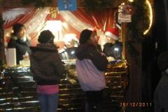 2011_weihnachtsmarkt_messdiener_7